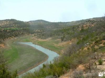 Meandros Río Tajo–Reto Senderista;embalse del villar sierra del sueve cueva del reguerillo tetas